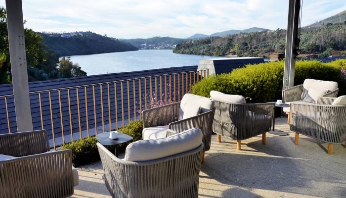 A nível de alojamento, o Porto e Douro têm disponível uma ampla oferta, compatível com todos os gostos e orçamentos
