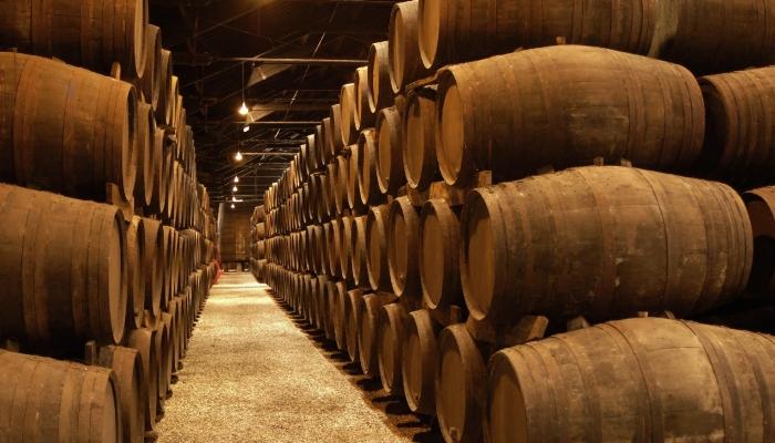 Terceira Razão: o delicioso e mundialmente conhecido Vinho do Porto
