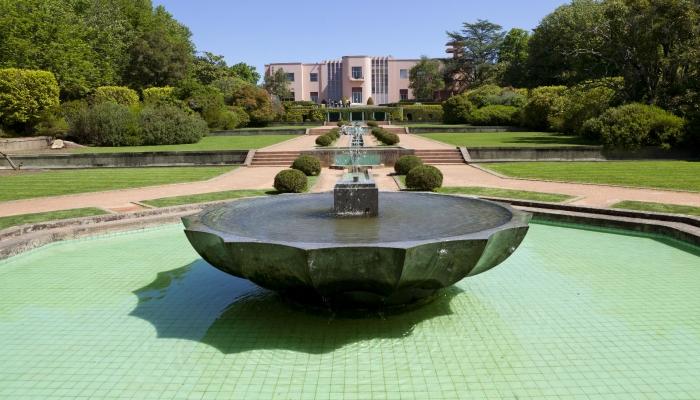 Museu Serralves é símbolo da Modernidade da cidade do Porto.