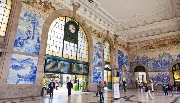 estação de São Bento é local de passagem obrigatório para quem visita a cidade.