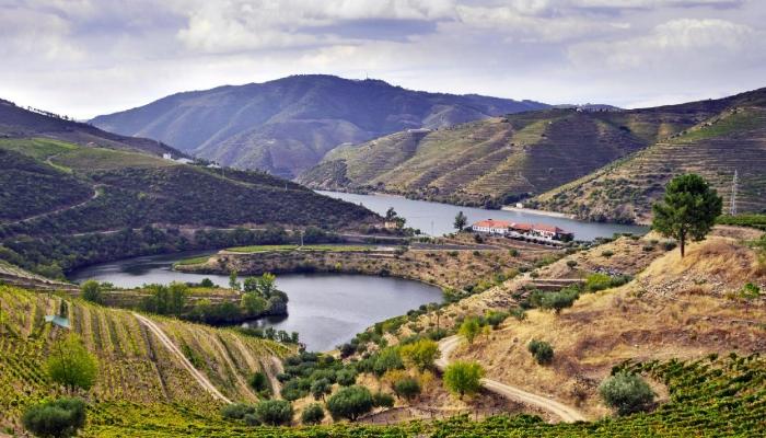 """O Rio Douro é considerado o 7.º rio mais bonito do mundo, pelo """"The Telegraph"""""""