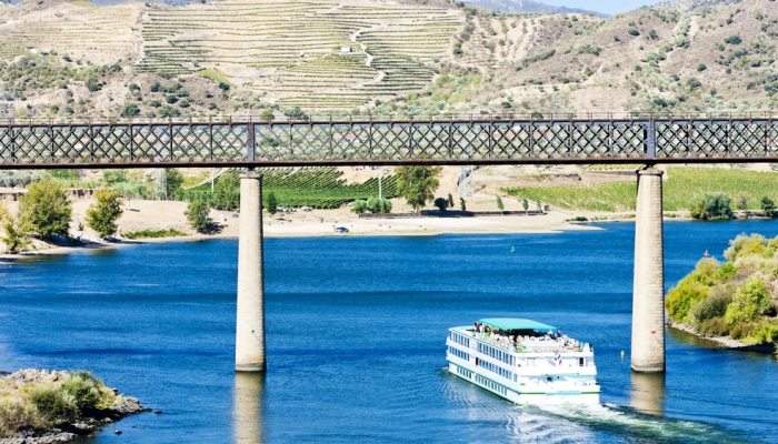 Um cruzeiro no Douro será sempre uma experiência memorável