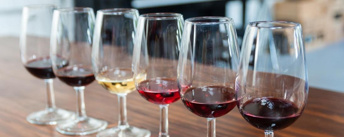 rota-dos-vinhos-as-maravilhas-dos-vinhos-do-douro-verde-moscatel