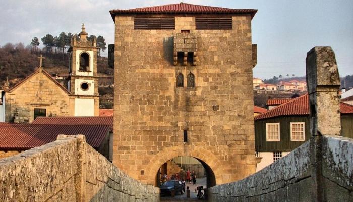 Ucanha é uma pequena vila pitoresca no Vale do Douro, mas as suas heranças da Ordem de Cister são de paragem obrigatória!