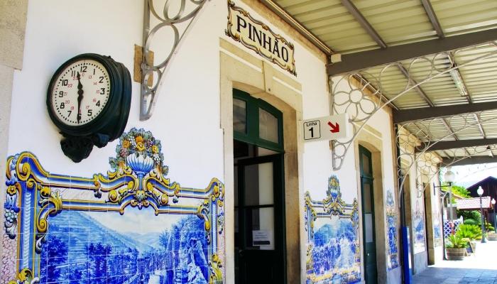 A Estação do Pinhão é conhecida pela beleza e história dos seus azulejos.