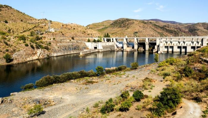 Finalize a viagem com a passagem pela barragem do Pocinho, já no concelho de Vila Nova de Foz Côa!