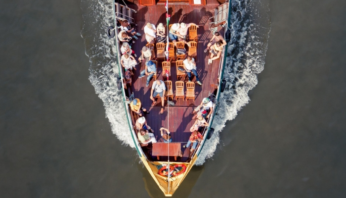Um cruzeiro no Douro, para todos os que desejam descontrair e relaxar de uma maneira diferente.