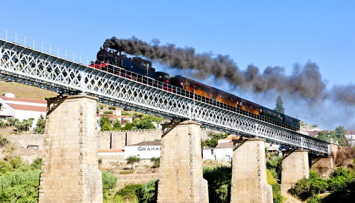 O Comboio Histórico está de regresso à Linha do Douro!