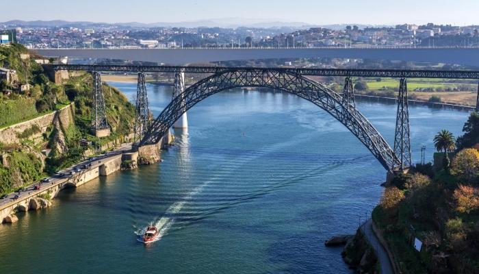 A Ponte Maria Pia foi a última obra de Gustave Eiffel no Porto.