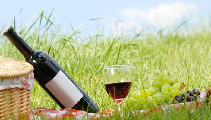 Aproveite os seus momentos relaxantes para apreciar calmamente um bom Vinho do Porto!