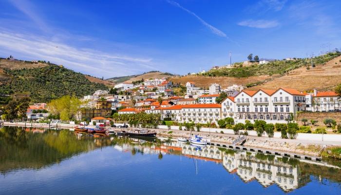 A Vila do Pinhão é uma das vilas mais singulares de Portugal