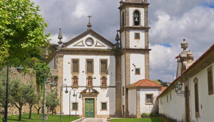 O Mosteiro de Alpendurada é um siímbolo cultural de Bitetos