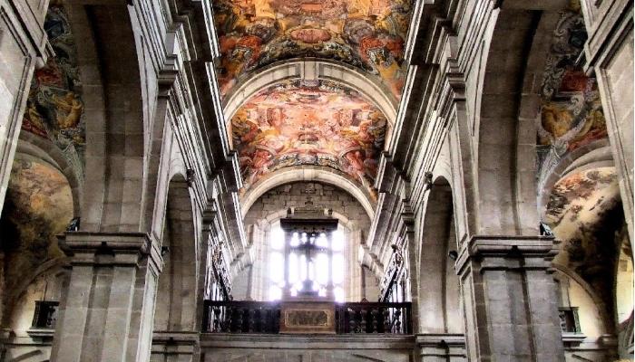 O interior da Catedral de Lamego é de cortar a respiração