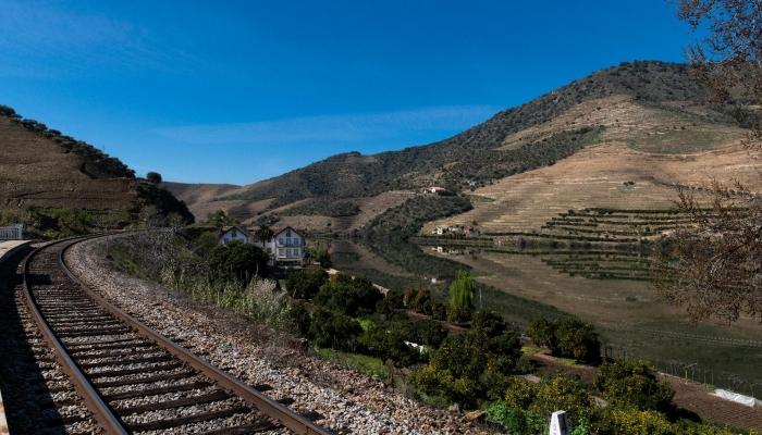 A Linha do Douro é uma das mais belas linhas ferroviárias de Portugal